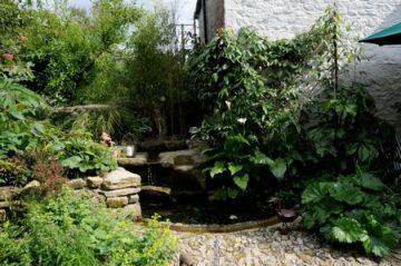 Cornish Tudor Farmhouse Courtyard